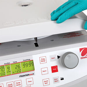 https://eu-it.ohaus.com/Ohaus/media/Products/Instruments/Centrifuges/Frontier%205000%20Series%20Micro/Family%20Images/Frontier-5000-Series-Micro-USP3.jpg?ext=.jpg